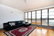 2 bed Flat for sale in London Road, Isleworth...