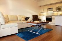 Flat to rent in Petersham Road...