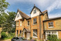 2 bedroom Flat to rent in Sheen Road, Richmond...