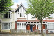 4 bedroom property in Byfeld Gardens, Barnes...