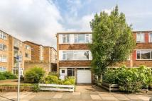 4 bed property to rent in Hatherley Road, Kew, TW9