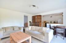 1 bedroom Flat in Park Road, Richmond Hill...
