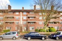 2 bed Flat for sale in Sheen Court, Richmond...
