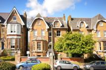 Flat for sale in Kings Road...