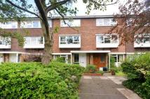 2 bed Maisonette in Ferrymoor, Ham, TW10