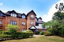 2 bed Flat in Marksbury Avenue...