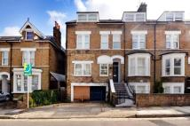 1 bedroom Flat to rent in Halford Road, Richmond...