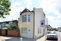 Lower Mortlake Road Flat to rent