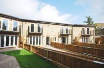 2 bed property in Trinder Mews, Balham...