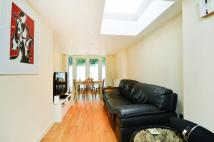 2 bedroom Flat for sale in Fernlea Road, Balham...
