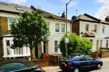 Flat in Bryne Road, Balham, SW12