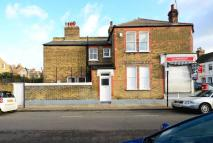Flat in Gosberton Road, Balham...