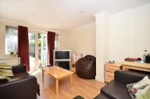 2 bedroom Flat for sale in Rodenhurst Road...