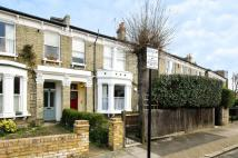1 bedroom Flat to rent in Cornford Grove, Balham...