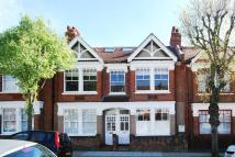 3 bed Flat to rent in Badminton Road...