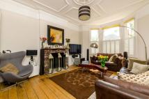 6 bed home in Upper Tooting Park...