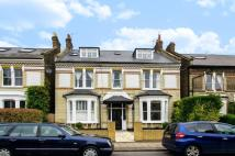 Flat in Balham Park Road...
