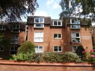 2 bed house in Parkfield Road South...