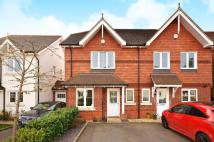 3 bed property in Admiral Way, Godalming...
