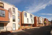 3 bed Flat for sale in Martyr Road, Guildford...