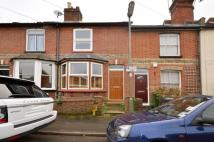 2 bed house in Finch Road, Guildford...
