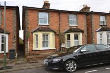 2 bedroom property in Acacia Road, Guildford...