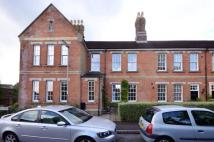 2 bed property to rent in Cardwells Keep...