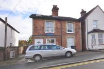 4 bed house to rent in Denzil Road, Guildford...