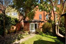 2 bedroom Maisonette in The Garden Flat...