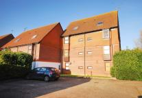 Studio apartment in Veryan, Goldsworth Park...