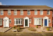 3 bedroom house to rent in Blenheim Close...