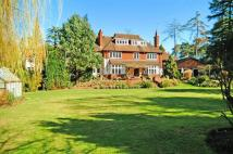 8 bedroom property to rent in Heath House Road...