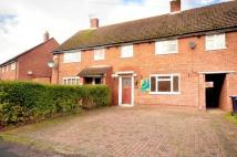 4 bed house in Catherine Close, Byfleet...
