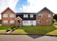 1 bed Maisonette to rent in Rosebury Drive, Bisley...