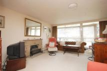 2 bed house to rent in Hillview Court, Woking...