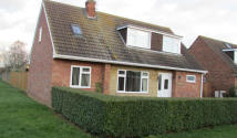 4 bed Detached house in Elter Walk...