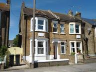 4 bed semi detached property to rent in Broadstairs