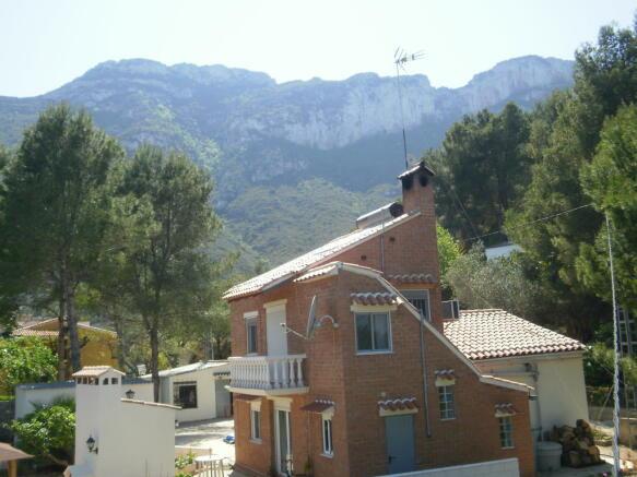 Villa with mountains