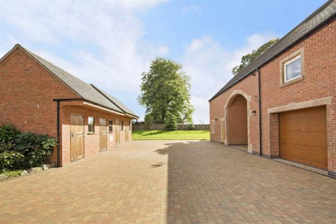 Bryn Hall Farm fpz175245 (36).jpg
