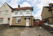 5 bedroom semi detached home to rent in Pear Tree Ave, Yiewsley