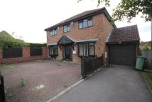 Detached house in Hazelcroft Close...