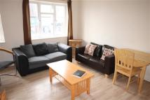 4 bed Flat to rent in Marlborough Parade...