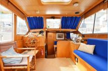 House Boat in Chelsea Harbour, Chelsea to rent