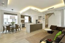 Mews to rent in Lowndes Close, Belgravia...