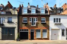 3 bedroom Mews in Pavilion Road...