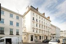 2 bedroom Flat in Lyall Street, Belgravia...