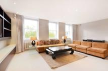 Maisonette to rent in Cadogan Square...
