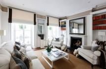 5 bed property in Sydney Street, Chelsea...