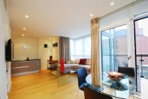 2 bed Flat to rent in Gatliff Road, Chelsea...