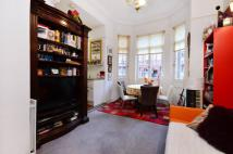 Flat for sale in Sloane Gardens...